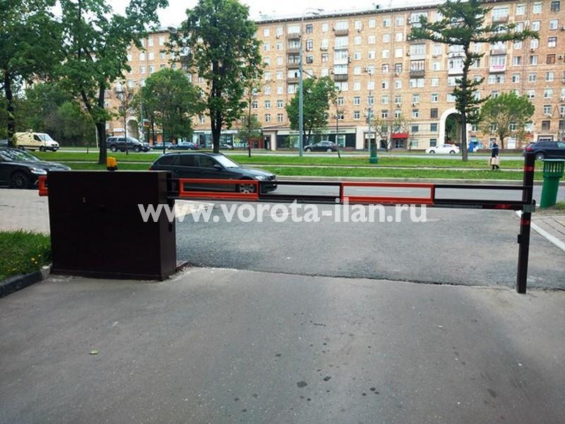Москва, Ленинский проспект, д.61, шлагбаум антивандальный 3