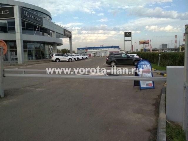 Москва_МКАД 78км_Lexus_антивандальный шлагбаум готов