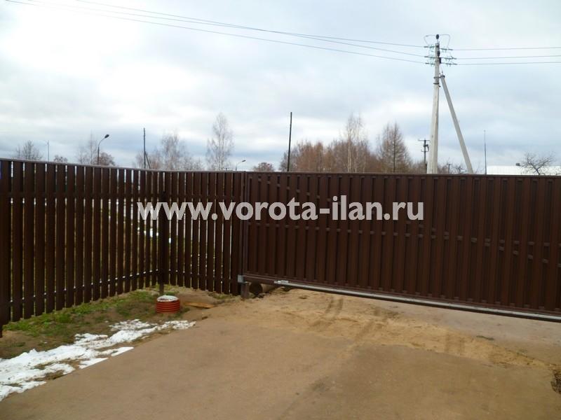 Ворота откатные_комбинированная обшивка_фото 4