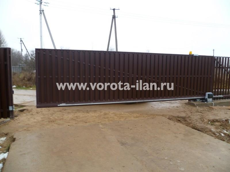 Ворота откатные_комбинированная обшивка_фото 2