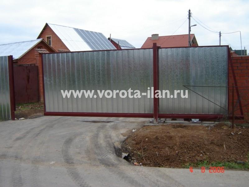 Ворота откатные_нижняя консоль_профлист серебро_фото 1