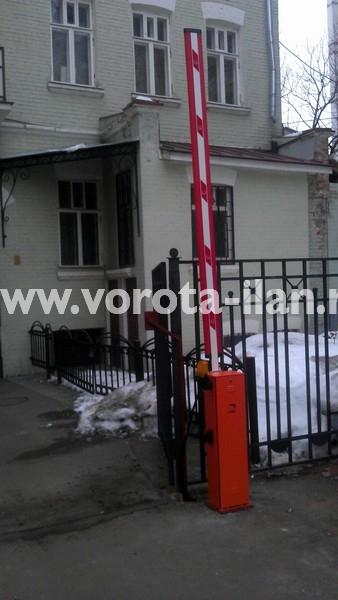 Москва_парковка у банка_шлагбаум CAME GARD4000_фото 6