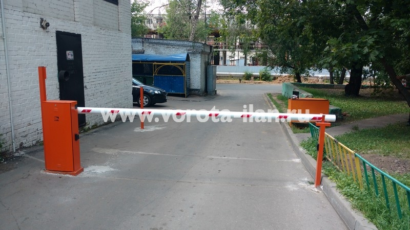 Москва_проспект Мира_шлагбаум подъёмный с защитой от вандализма_фото 5