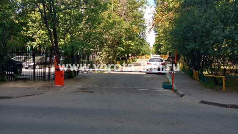 Москва_проспект Мира_шлагбаум подъёмный с защитой от вандализма_фото 4