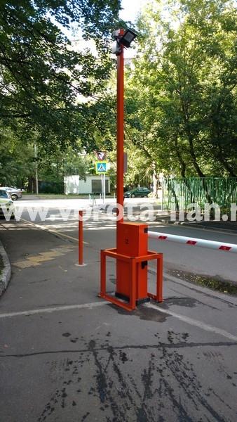 Москва_улица 3-я Новоостанкинская_шлагбаум подъёмный с системой диспетчеризации_фото 2