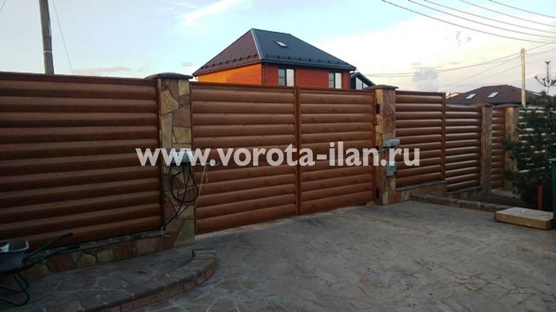 Таболово, распашные ворота (вид изнутри)