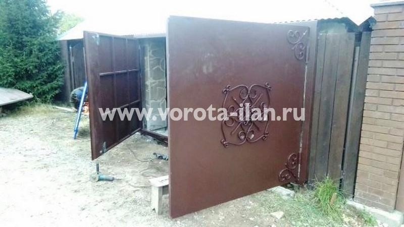 Новая Москва_деревня Сосенки_гаражные распашные ворота и секция забора_фото 2