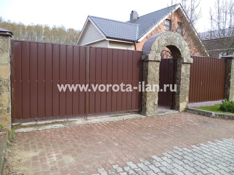 Ворота распашные_калитка с аркой_фото 2