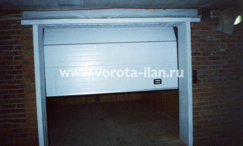 Ворота секционные гаражные_белые_фото 4