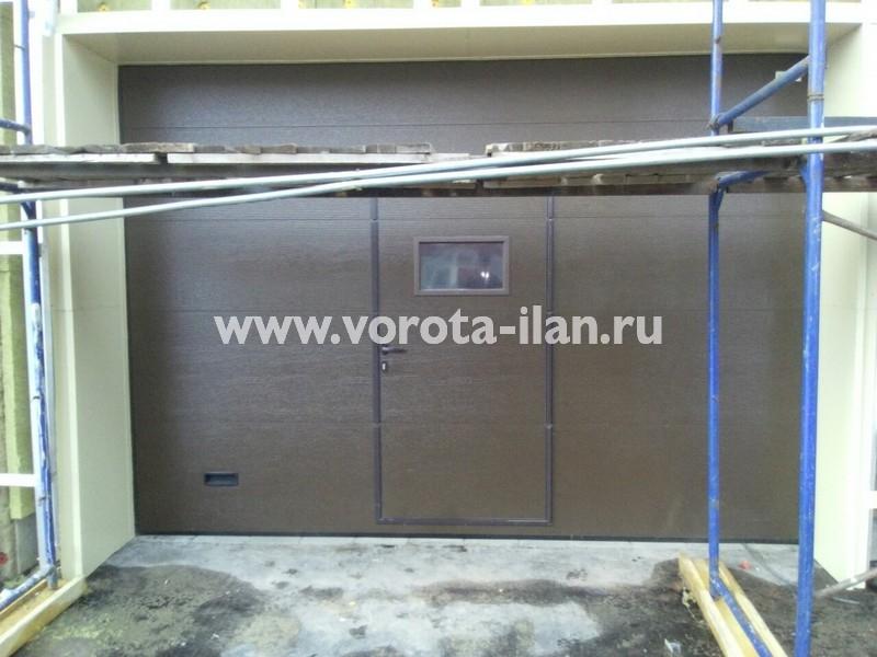 Ворота секционные гаражные_с калиткой_фото 2