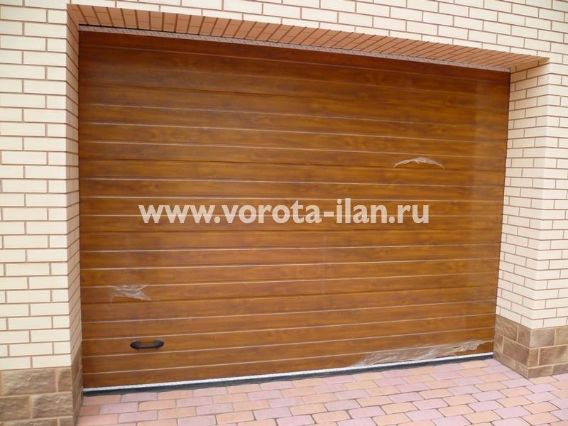 Ворота секционные гаражные_светло-коричневые_фото 1